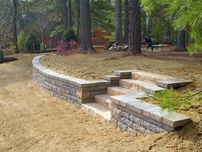 Retaining Wall by BMF Masonry
